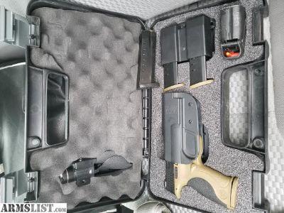 For Sale: Smith & Wesson M&P 40 Range Kit