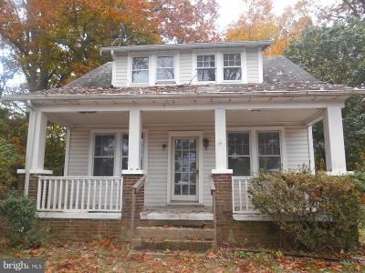 3 Bed 1.5 Bath Foreclosure Property in Oxon Hill, MD 20745 - Livingston Rd