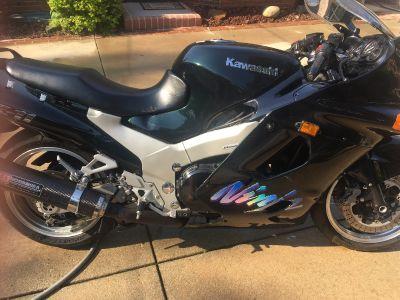 1996 Kawasaki NINJA ZX-11