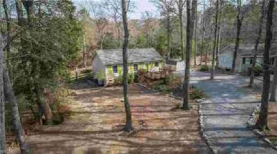 74 Laurel LN Cobbs Creek Two BR, Feel like vacation every day!