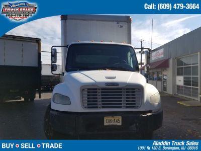 2007 Freightliner M2 Box Truck - Straight Truck (White)