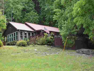 808 Lake Road LONDON Two BR, Waterfront home available in , KY.
