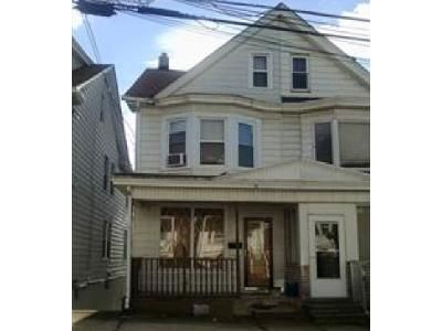 3 Bed 1 Bath Foreclosure Property in Shenandoah, PA 17976 - Schuylkill Ave
