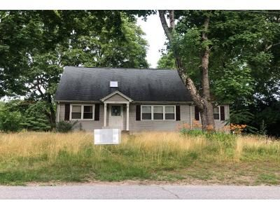 4 Bed 3 Bath Preforeclosure Property in Brooklyn, CT 06234 - South St