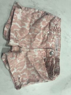 Designer Joes jeans sz 5 shorts with adj waistband