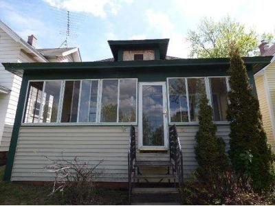 2 Bed 1 Bath Foreclosure Property in Eveleth, MN 55734 - Summit St