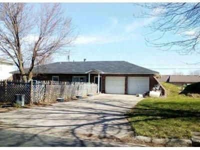 3 Bed 2 Bath Foreclosure Property in Sedalia, MO 65301 - Mcvey Rd