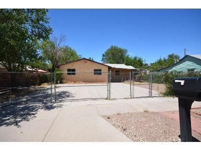 4 Bed 1 Bath Foreclosure Property in Gallup, NM 87301 - W Princeton Ave