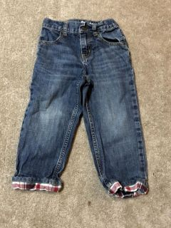 Size 3T Gymboree classic distressed jeans with contrasting plaid cuff. EUC PU Short Pump $3
