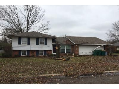 3 Bed 1.5 Bath Preforeclosure Property in New Carlisle, OH 45344 - Spinning Rd