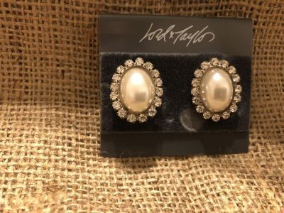 Vintage Lord & Taylor Dressy Pearls and Rhinestone Clip On Earrings