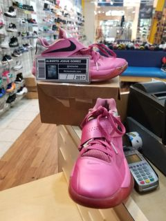 Nike Zoom KD 4 Aunt Pearl Size 8