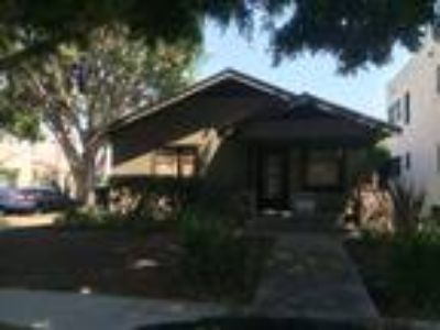 2 Craftsman Homes on 1 Lot