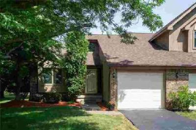 425 Robin Road Amherst Three BR, Lovely Townhome in park like