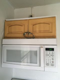 Microwave (wall mounted)