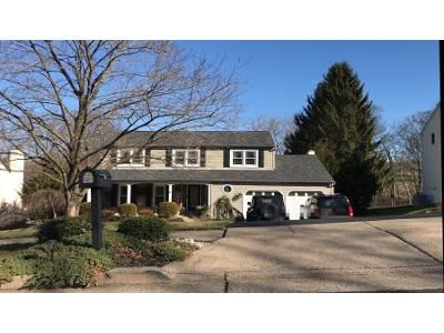 4 Bed 2.5 Bath Preforeclosure Property in Newtown, PA 18940 - Liberty Dr