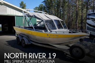 2004 North River Trapper 19