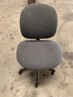 Office Chair with wheels $10