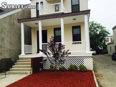 $2700 3 apartment in Pelham