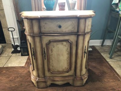 Antique style table