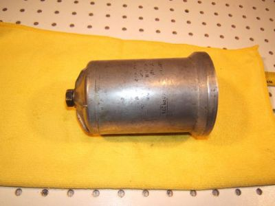 Sell Mercedes W111,112,110,108,109,114,Ponton 4/6cyl oil filter metal 1 canister,#3 motorcycle in Rocklin, California, United States, for US $125.00
