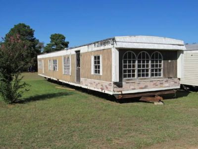 22 mobile home     4,500 (mt selman)