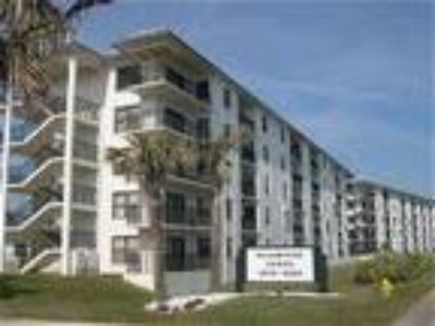 Exceptional Oceanview Vacation Rental Condo ormond Beach Florida - Condo