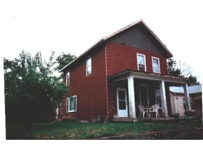2 Bed 1 Bath Foreclosure Property in Burlington, IA 52601 - May Ave