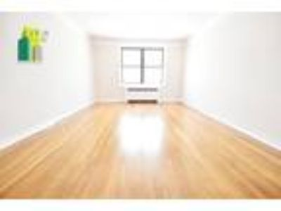 Large and renovated 2bd/One BA apartment in Astoria-Queens
