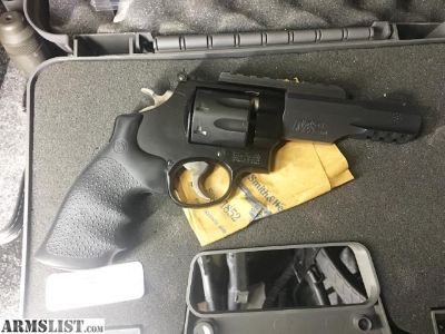 For Sale: S&W M&P R8