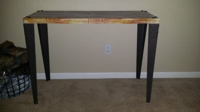 Deco Metal/Wood Console