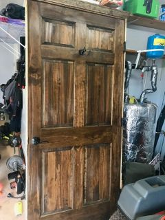 Interior wood door with frame and handle. Standard dimensions 36 X 80