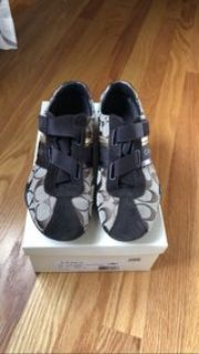 Coach sneakers gym shoes size 7