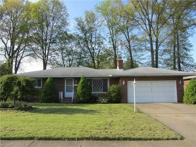 2 Bed 2 Bath Foreclosure Property in Elyria, OH 44035 - Bell Ct