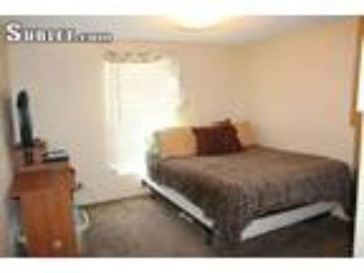 $425 Four room for rent in East Mountain
