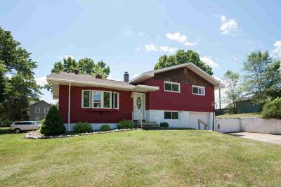1339 Caroline ST Campbell Three BR, Looking for a great first