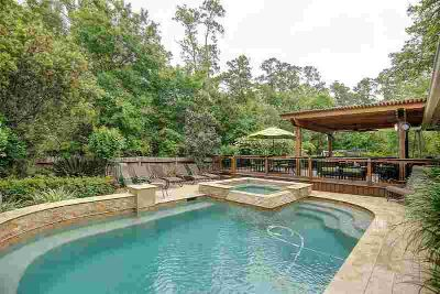 182 N Vesper Bend Circle SPRING Three BR, *pool and outdoor