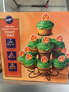 Wilton cupcakes and more dessert stand