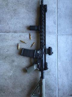 BCM/Spike's Tactical AR15