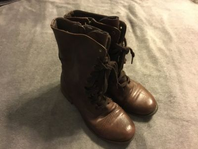 Brown lace up boots size 8