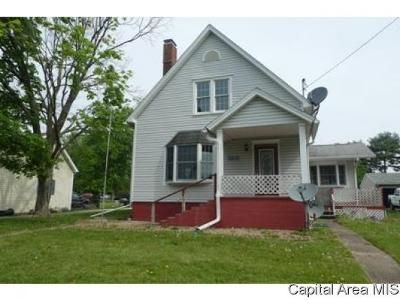 3 Bed 2 Bath Foreclosure Property in Weldon, IL 61882 - North St