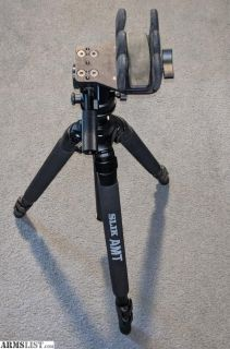 For Sale: Reaper Grip with tripod