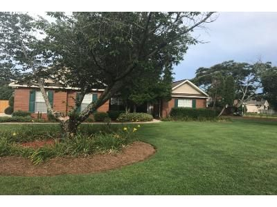 4 Bed 3 Bath Preforeclosure Property in Warner Robins, GA 31088 - Oxton Ct