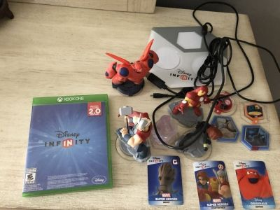 Disney Infinity Lot Xbox One**Barely Used**