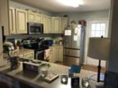 Move-In Ready Three BR/2.5 BA Townhome in Taylors