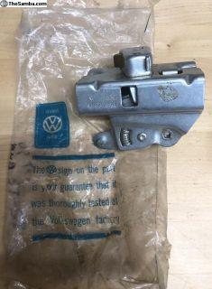 NOS oval left side door handle mechanism for 56-59
