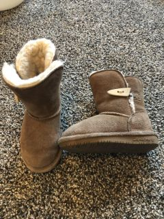 Size 7 toddler girls bear paw boots