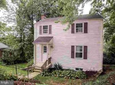 2432 Culpeper St Arlington Three BR, Great location for this home