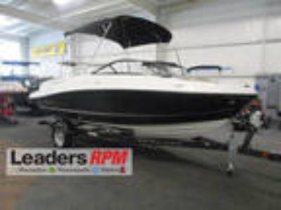 New 2018 Bayliner VR5 Bowrider