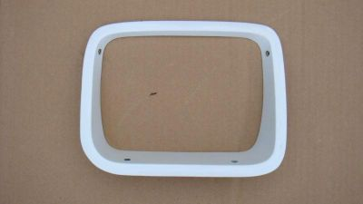 Purchase 87-95 Jeep Wrangler Right Headlight Bezel Trim WHITE Housing 88 89 90 91 92 93 motorcycle in Arlington Heights, Illinois, US, for US $39.99